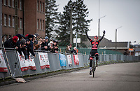 After a personal horror season where she tested positive for steroids (from a contaminated sulpiment), Denise Betsema (NED/Pauwels Sauzen - Bingoal) wins her first race after returning to cyclocross a month earlier<br /> <br /> Women's Race<br /> CX GP Leuven (BEL) 2020<br />  <br /> ©kramon