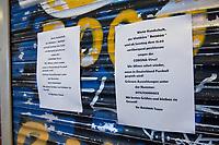Aufgrund einer Anordnung des Berliner Senat muessen seit dem 13. Maerz 2020 Bars, Clubs und Kneipen geschlossen beleiben um die Ausbreitung des Corona-Virus zu verlangsamen.<br /> Im Bild: Hinweis zur Schliessung eines Wettbuero in Berlin-Kreuzberg.<br /> 14.3.2020, Berlin<br /> Copyright: Christian-Ditsch.de<br /> [NUR FUER REDAKTIONELLE ZWECKE! Werbung nur auf Anfrage beim Fotografen. Inhaltsveraendernde Manipulation des Fotos nur nach ausdruecklicher Genehmigung des Fotografen. Vereinbarungen ueber Abtretung von Persoenlichkeitsrechten/Model Release der abgebildeten Person/Personen liegen nicht vor. NO MODEL RELEASE! Don't publish without copyright Christian-Ditsch.de, Veroeffentlichung nur mit Fotografennennung, sowie gegen Honorar, MwSt. und Beleg. Konto: I N G - D i B a, IBAN DE58500105175400192269, BIC INGDDEFFXXX, Kontakt: post@christian-ditsch.de<br /> Bei der Bearbeitung der Dateiinformationen darf die Urheberkennzeichnung in den EXIF- und  IPTC-Daten nicht entfernt werden, diese sind in digitalen Medien nach §95c UrhG rechtlich geschuetzt. Der Urhebervermerk wird gemaess §13 UrhG verlangt.]