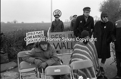Greenham Common Women's Peace Camp 1985. Men  joining in the peaceful protest