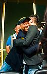 Paul Phua congratulates Aaron Zang