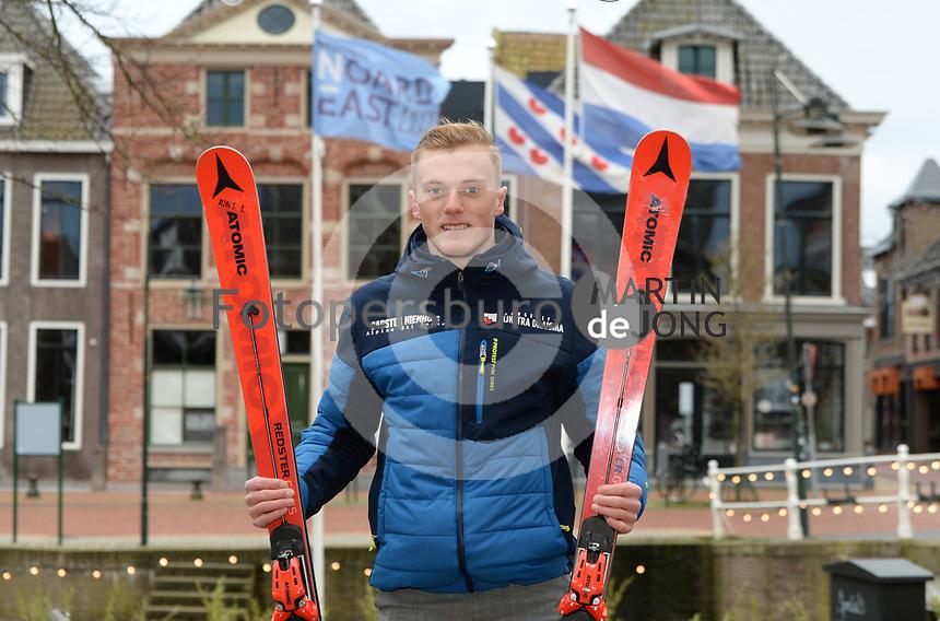 SKISPORT: DOKKUM: 04-01-2021, Alpineskiër Carsten Nienhuis ©foto Martin de Jong