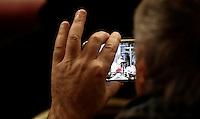 Un uomo scatta una foto durante la Messa dell'Epifania celebrata da Papa Francesco nella Basilica di San Pietro in Vaticano. 6 gennaio 2017.<br /> A man takes a picture as Pope Francis leads the Epiphany Mass in Saint Peter's Basilica at the Vatican, on January 6, 2017. <br /> UPDATE IMAGES PRESS/Isabella Bonotto<br /> <br /> STRICTLY ONLY FOR EDITORIAL USE