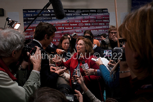 Manchester, New Hampshire.January 5, 2008<br /> <br /> The spin room after the debates with first the Republicans and then the Democrats at Aselm College. <br /> <br /> Elizabeth Edwards comes on to the spin room floor to address journalists.