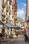 Switzerland, Canton Valais, Sion: restaurant in old town, ruins of Tourbillon Castle at background | Schweiz, Kanton Wallis, Sion (Sitten): Restaurant in der Altstadt, im Hintergrund die Ruinen des Schloss Tourbillon