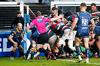 6th February 2021; Mattoli Woods Welford Road Stadium, Leicester, Midlands, England; Premiership Rugby, Leicester Tigers versus Worcester Warriors; Referee Andrew Jackson plays advantage as a Leicester Tigers maul moves towards the Worcester Warriors try line for their fifth try