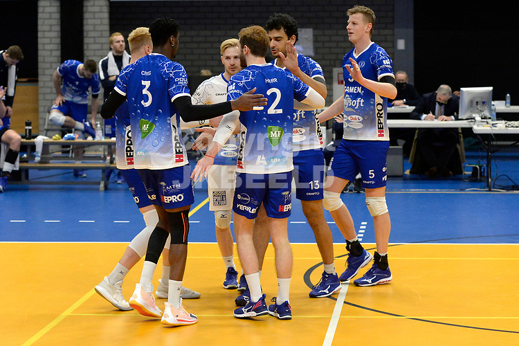 09-01-2021: Volleybal: Amysoft Lycurgus v VOCASA: Groningen vreugde bij Lycurgus