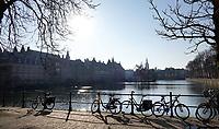 Nederland - Den Haag - 2020. Regeringsgebouwen aan de Hofvijver. Foto Berlinda van Dam / Hollandse Hoogte
