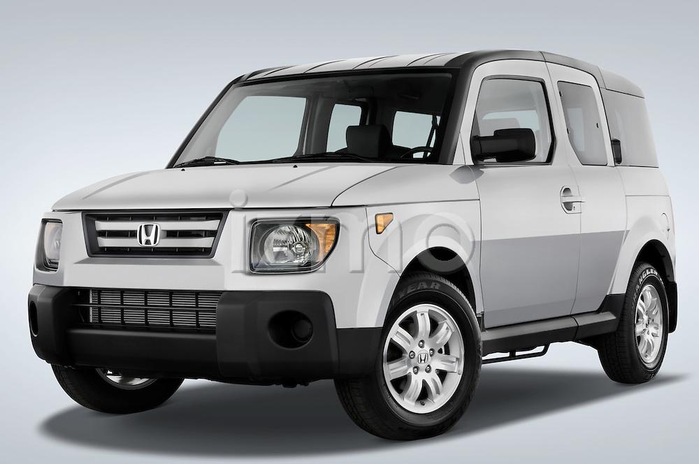 Low aggressive front three quarter view of a 2008 Honda Element EX SUV