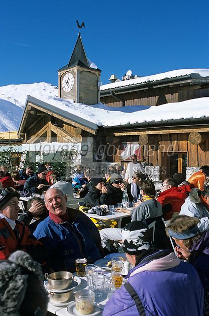 Europe/France/73/Savoie/Val d Isere: au sommet du telecabine de la Daille 2290m Chalet d altitude - la Folie Douce self et La Fruitiere restaurant établissements de Luc Reversade