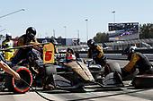James Hinchcliffe, Schmidt Peterson Motorsports Honda, pit stop