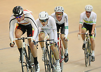 New Zealand's Aaron Gate, centre, in the men omnium 30km points race at the UCI Tier 1 Festival of Speed, SIT Zero Fees Velodrome, Invercargill, New Zealand, Saturday, November 16, 2013. Credit:NINZ/Dianne Manson