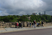 Blick von Bock-Kasematten auf  Kirchberg mit Europazentrum, Stadt Luxemburg, Luxemburg