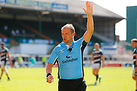5th June 2021; Mattioli Woods Welford Road Stadium, Leicester, Midlands, England; Gallagher Premiership Rugby, Leicester Tigers versus Bristol Bears; Referee Ian Tempest shows his decision