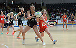 New Zealand's Kelly Jury battles with Wales Bethan Dyke <br /> <br /> Swansea University International Netball Test Series: Wales v New Zealand<br /> Ice Arena Wales<br /> 08.02.17<br /> ©Ian Cook - Sportingwales