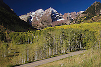 Maroon Bells and Aspen trees with fall colors, Aspen, White River National Forest, Colorado, USA, September 2007