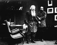 Уход великого старца (1912)