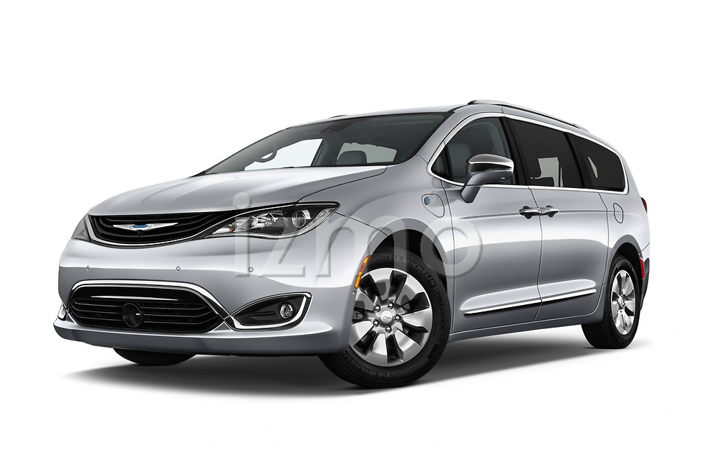 Stock pictures of low aggressive front three quarter view of a 2019 Chrysler Pacific Hybrid Limited 5 Door Mini Van