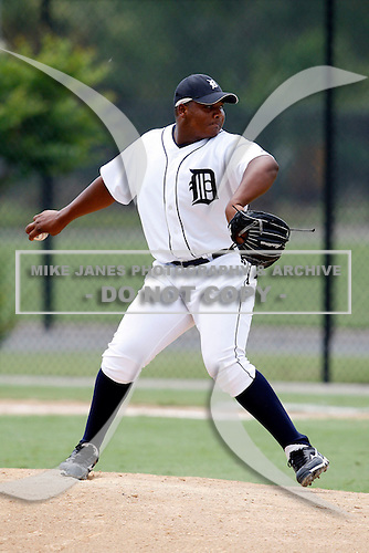 July 13, 2009:  Pitcher Melvin Mercedes of the GCL Tigers during a game at Tiger Town in Lakeland, FL.  The GCL Tigers are the Gulf Coast Rookie League affiliate of the Detroit Tigers.  Photo By Mike Janes/Four Seam Images