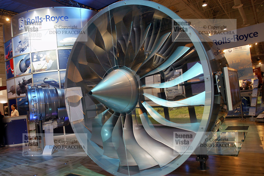 - stand of aeronautical engines turbojet Rolls Royce (Great Britain) ....- stand motori aeronautici turboreattori Rolls Royce (Gran Bretagna) )