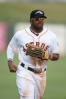 Peoria Javelinas outfielder Delino DeShields (4), of the Houston Astros organization, during an Arizona Fall League game against the Surprise Scorpions on October 9, 2013 at Scottsdale Stadium in Scottsdale, Arizona.  Surprise defeated Peoria 9-5.  (Mike Janes/Four Seam Images)