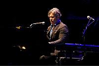 OCT05 Ed Harcourt performing at Royal Albert Hall
