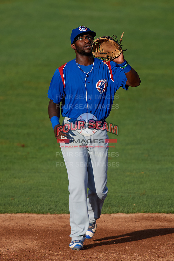 South Bend Cubs second baseman Delvin Zinn (20) settles under a pop up during a game against the Kane County Cougars on July 21, 2018 at Northwestern Medicine Field in Geneva, Illinois.  South Bend defeated Kane County 4-2.  (Mike Janes/Four Seam Images)