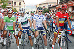 Joaquin Purito Rodriguez (l), Alejandro Valverde (2l), Simon Clarke (2r) and Alberto Contador before the stage of La Vuelta 2012 beetwen Cercedilla and Madrid.September 9,2012. (ALTERPHOTOS/Paola Otero)