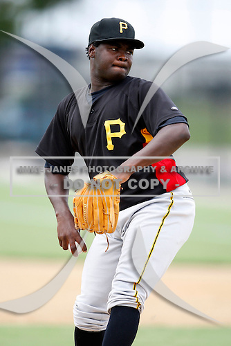 July 13, 2009:  Pitcher Papiro Juan of the GCL Pirates during a game at Tiger Town in Lakeland, FL.  The GCL Pirates are the Gulf Coast Rookie League affiliate of the Pittsburgh Pirates.  Photo By Mike Janes/Four Seam Images