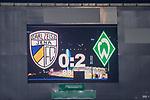 12.09.2020, Ernst-Abbe-Sportfeld, Jena, GER, DFB-Pokal, 1. Runde, FC Carl Zeiss Jena vs SV Werder Bremen<br /> <br /> <br /> Anzeigentafel Endstand 0:2<br /> <br />  <br /> <br /> <br /> Foto © nordphoto / Kokenge