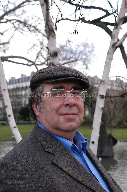 Sergue Tchouprinine, Russian author.