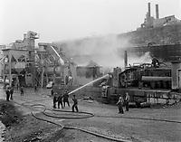 Incendie a la cimenterie St-Laurent, Aout 1961<br /> (date exacte inconnue)<br /> <br /> PHOTO  : Agence Quebec Presse - Photo Moderne