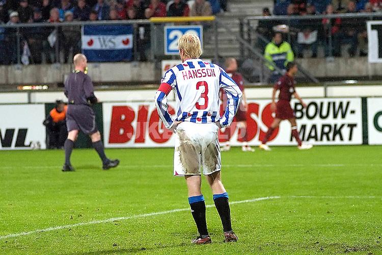 heerenveen - odense bk  02-11-2006 uefa cup eerste ronde  seizoen 2006-2007 hansson treurt na de 0-2..