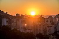 RJ. RIO de Janeiro, 06.07.2020 CLIMA TEMPO Amanhecer desta segunda-feira, (06), vista do bairro das Laranjeiras, zona sul.