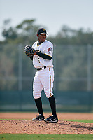 Pittsburgh Pirates pitcher Kleiner Machado (36) gets ready to deliver a pitch during an Instructional League game against the New York Yankees on September 28, 2017 at Pirate City in Bradenton, Florida.  (Mike Janes/Four Seam Images)