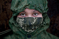 Tanya, Scharfschuetzin der pro-russischen Separatisten, Portrait, Donezk, Ukraine, 10.2014,  Tanya, 19-years old girl, the sniper of the pro-Russian militia. Portrait of Tanya, a 19-years-old girl who comes from Donetsk. She used to work as a baker but this summer decided to joing the separatists and now she fights a sniper at the mortar unit.  ***HIGHRES AUF ANFRAGE*** ***VOE NUR NACH RUECKSPRACHE***