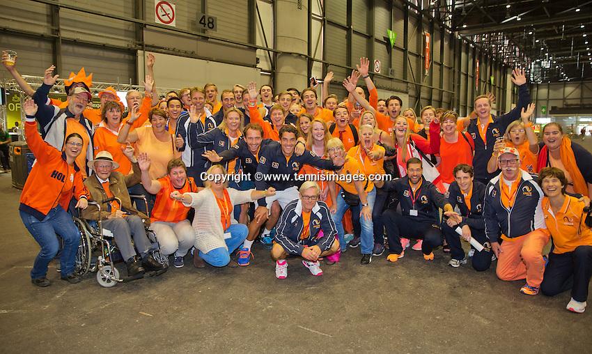 Switserland, Genève, September 20, 2015, Tennis,   Davis Cup, Switserland-Netherlands, Dutch team posing with Dutch supporters<br /> Photo: Tennisimages/Henk Koster