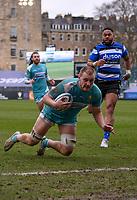 20th March 2021; Recreation Ground, Bath, Somerset, England; English Premiership Rugby, Bath versus Worcester Warriors; Joe Batley of Worcester Warriors scores a try under pressure from Joe Cokanasiga of Bath