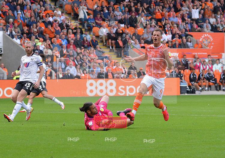 11/09/2021 Sky Bet Championship Blackpool v Fulham<br /> <br /> Paulo Gazzaniga saves from Jerry Yates