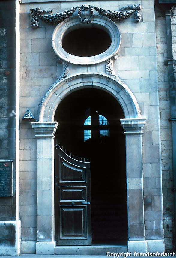 Sir Christopher Wren: St. Stephen Walbrook, London. Detail of door, entry. Photo '90.