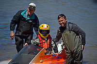 3 generations: Mason Kuhr 7-E (Stock Outboard Hydroplane) with grandfather Steve Kuhr (L) and father Steve Kuhr, Jr.