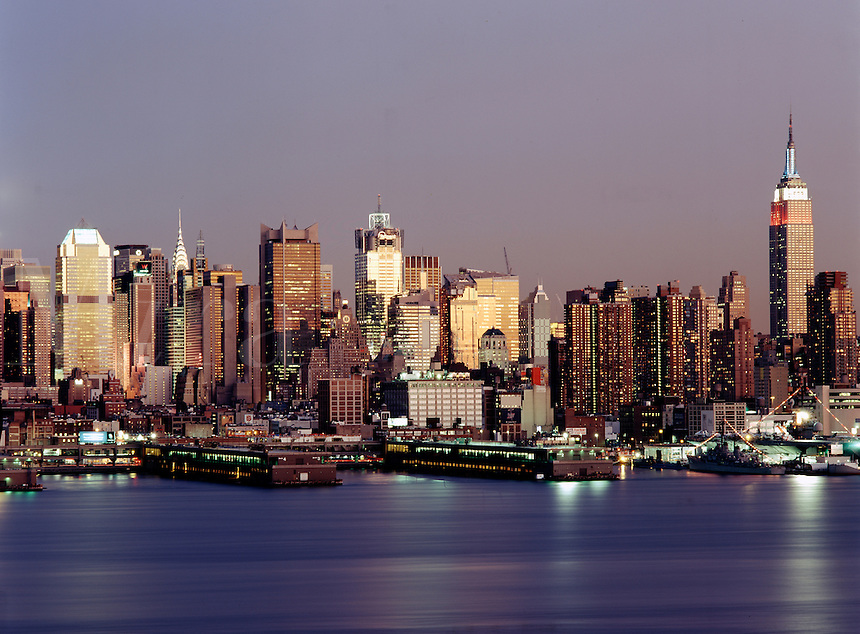 New York, NY.Twilight glow on Midtown Manhattan as seen from New Jerse
