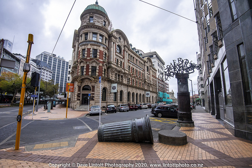 Lambton Quay at 1pm on Friday. Wellington CBD during lockdown for the COVID19 pandemic in Wellington, New Zealand on Friday, 17 April 2020. Photo: Dave Lintott / lintottphoto.co.nz