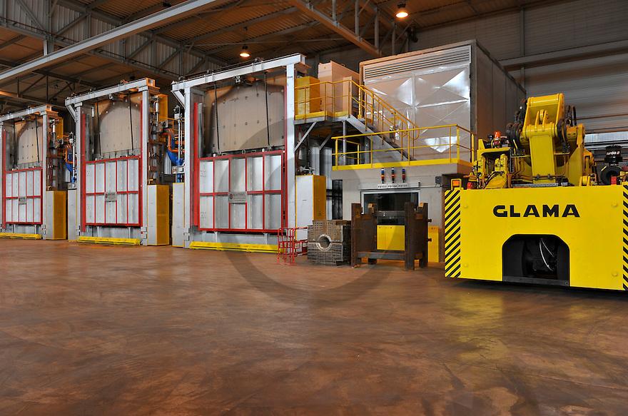 21/02/12 - LES ANCIZES - PUY DE DOME - FRANCE - Entreprise de siderurgie UKAD, fabricant d alliages  et de titane utilises dans l aeronautique - Photo Jerome CHABANNE