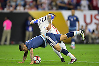 Houston, TX - Tuesday June 21, 2016: Geoff Cameron, Ever Banega during a Copa America Centenario semifinal match between United States (USA) and Argentina (ARG) at NRG Stadium.