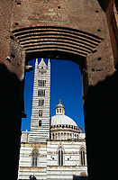 View through archway of Duomo