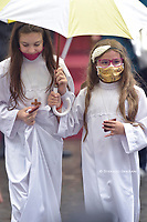 First communion girls wear masks at the Pope's general audience ,Pope Francis during of a weekly general audience  in the San Damaso's courtyard in Vatican, Wednesday.September 23, 2020<br /> (Photo by Stefano Spaziani)