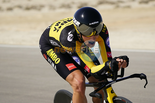 Koen Bouwman (NED) Team Jumbo-Visma during Stage 2 of the 2021 UAE Tour an individual time trial running 13km around  Al Hudayriyat Island, Abu Dhabi, UAE. 22nd February 2021.  <br /> Picture: Eoin Clarke | Cyclefile<br /> <br /> All photos usage must carry mandatory copyright credit (© Cyclefile | Eoin Clarke)