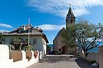 Italy; Alto Adige - Trentino (South Tyrol); Castelvecchio: gotic church San Vigilio   Italien; Suedtirol; Altenburg: mit der gotischen Kuratiekirche St. Vigilius