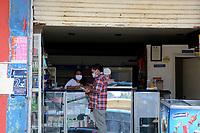 MEDELLIN - COLOMBIA, 15-04-2020: Barrios populares de Medellín durante el día 23 de la cuarentena total en el territorio colombiano causada por la pandemia  del Coronavirus, COVID-19. / Popular neighborhoods of Medellin of during day 23 of total quarantine in Colombian territory caused by the Coronavirus pandemic, COVID-19. Photo: VizzorImage / Leon Monsalve / Cont