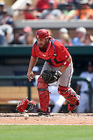 Washington Nationals catcher Sandy Leon (41) during a Spring Training game against the Detroit Tigers on March 22, 2015 at Joker Marchant Stadium in Lakeland, Florida.  The game ended in a 7-7 tie.  (Mike Janes/Four Seam Images)